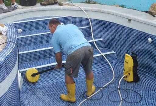 نگهداری و تعمیرات از تاسیسات استخر، سونا و جکوزی